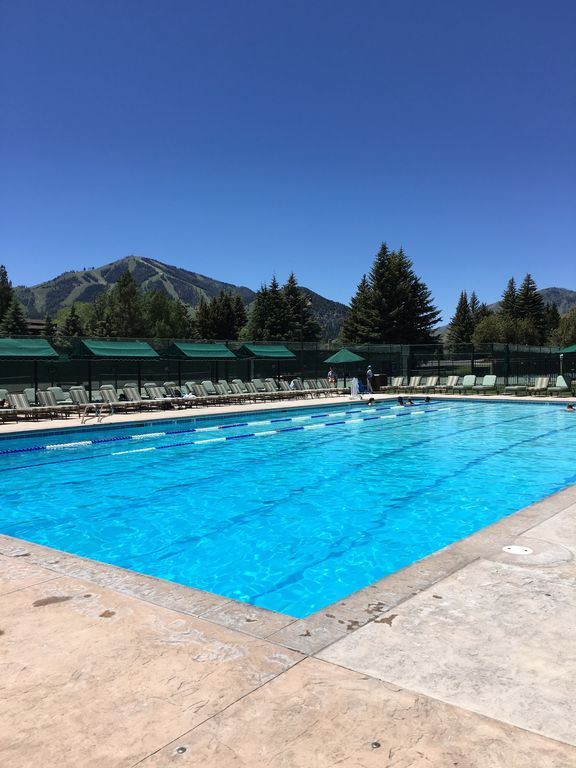 Newly Renovated Condo At Base Of Dollar Mountain Sun Valley Amenities Included Sun Valley Sun