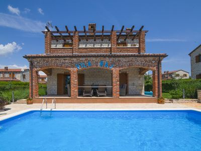 Photo for Rustic villa Raj in Istria