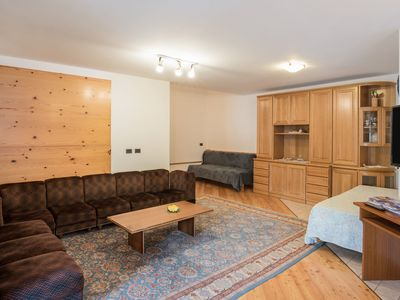 """Photo for Cosy Holiday Apartment """"Appartamento Kim"""" (CIPAT number: 022118-AT-064960) with Wi-Fi, Balcony & Mountain View; Parking and Garage Available"""