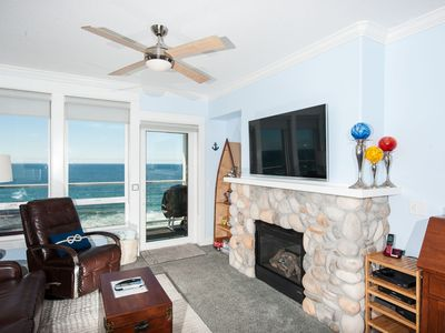 Photo for *Promo!* Third Floor Condo, Oceanfront, Private Hot Tub, Pool, and Free Wifi
