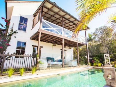 Photo for European Designer Style Luxury Accommodation in central Byron Bay - large groups