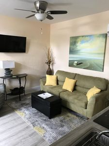 Photo for 1 bed/ 1 bath furnished apt! Convenient to everything in Tampa!