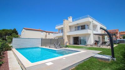Photo for 120sqm 5-star house with pool and private garden and 50sqm of roof terrace