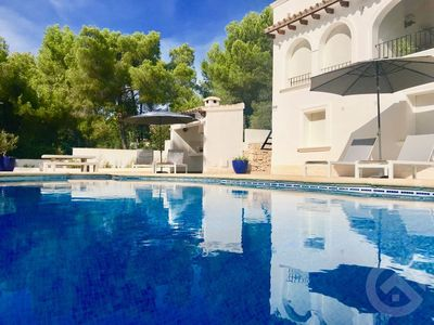 Photo for Unique apartment with private pool near the center of Moraira