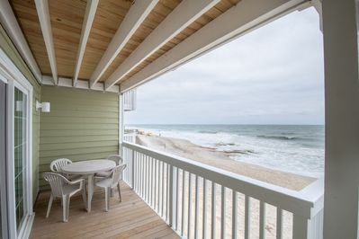 And deck access from the master bedroom