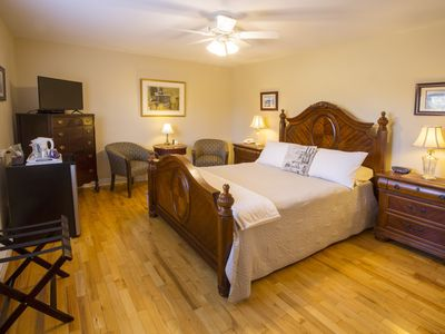 Photo for Innisfree Bed and Breakfast - 4 William Street