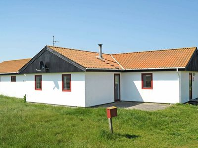 Photo for 10 person holiday home in Harboøre