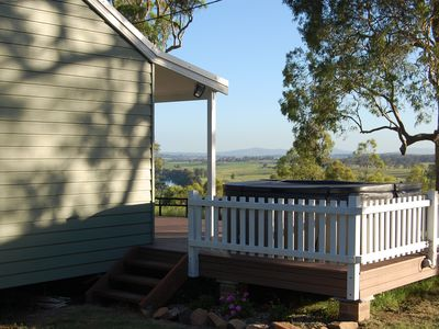 Photo for Hunter Valley - Romantic luxury spa cottage - awesome views