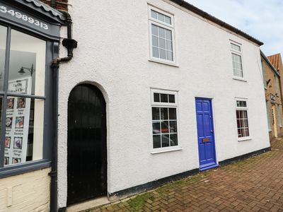 Photo for Cottage on the Square, BURGH LE MARSH