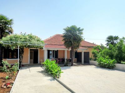 Photo for Vacation home Lidija (ZAD501) in Zadar - 8 persons, 3 bedrooms