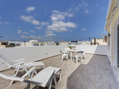 Photo for MAGICAL ROOFTOP PENTHOUSE, BEST LOCATION IN SLIEMA!
