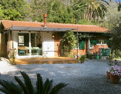 Photo for Monterosso Al Mare: Charming house with peaceful garden in private park