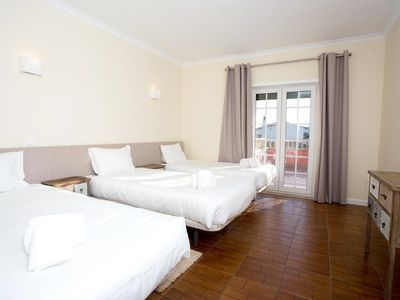 Photo for Albufeira Lounge Guesthouse - Delux Room for 3 people
