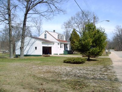 Family House Near all Muskegon Attractions