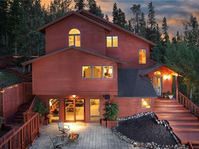 Photo for Stunning Mountain Modern Home, Breathtaking Views Of Slopes Minutes From Gondola