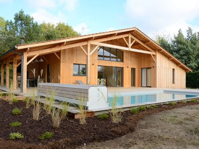 Photo for ARCHITECT HOUSE, 6-10 People, HEATED POOL, SEA and LAKE, PRM access