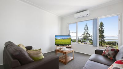 Photo for South Pacific Apartment Sydney #7 Waterfront, Sleeps 6, Public Transport