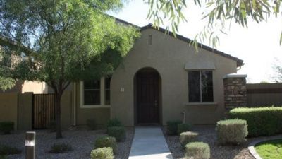 Photo for Family home with easy access to everything Phoenix has to offer!