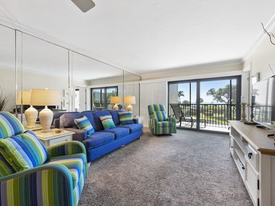 Sand Pointe 225, Beautiful 2 Bedroom Condo with Gulf and Pool View