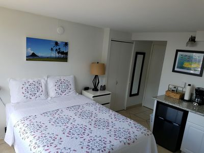 Clean,  Comfortable and Cozy Waikiki Condo for Two!