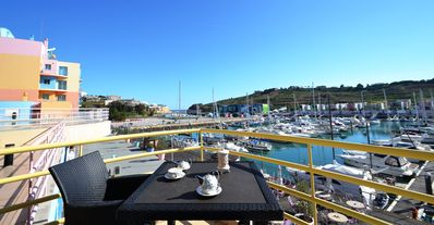 Photo for 1bed Apt Albufeira facing the Marina