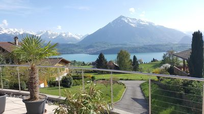 Photo for Apartment Niesenblick on Lake Thun
