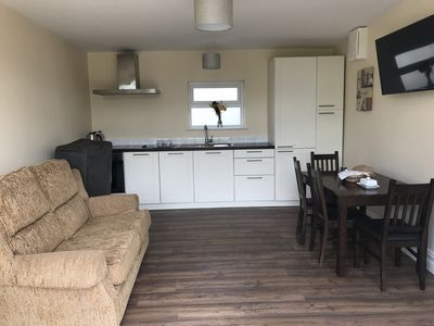 Photo for Cosy Lodge with Two En-suite  Bedrooms with Living Room and Kitchen