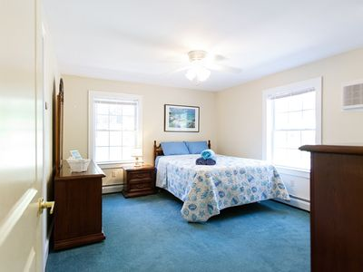 Photo for Beach-Themed Private Room Sandpiper Suite at Feather Hill