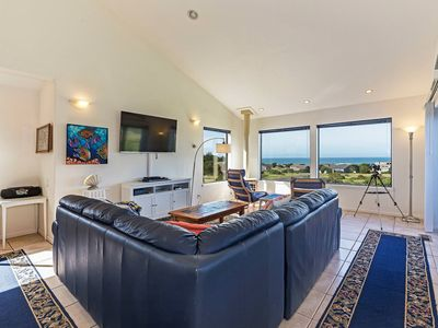Photo for Pet friendly house on Meadow with ocean view hot tub & telescope- Casa Del Mar