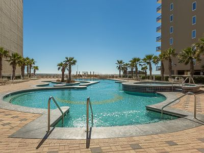 Photo for Don't Let Summer Slip Away ~ Stay in Gulf Shores