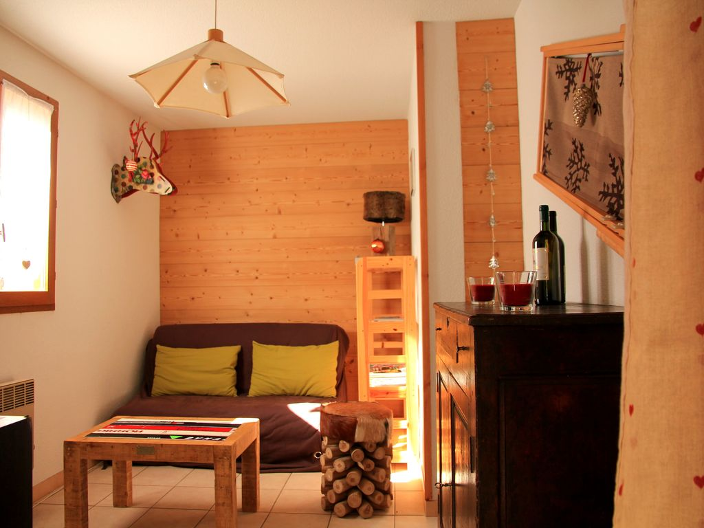 serre chevalier appartement 4 personnes plein sud avec balcon hautes alpes 846355 abritel. Black Bedroom Furniture Sets. Home Design Ideas