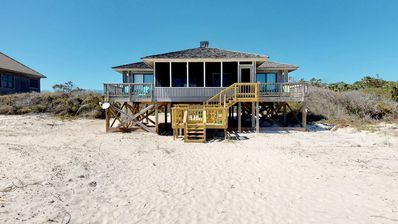 "Photo for Ready after Hurricane Michael! Classic beach cottage - Beachfront Plantation, Pvt Boardwalk, Screen Porch, Wi-Fi, 3BR/3BA ""Wind Sailor"""