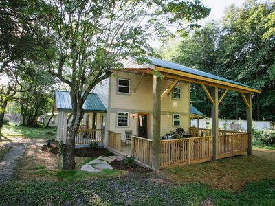 Photo for Dryad Cottage: New Remodel, High Ceilings, Light & Air, And A Large Covered Deck