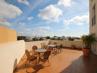 Photo for 3 bedrooms, 50 m2 private terrace, air conditioned all rooms