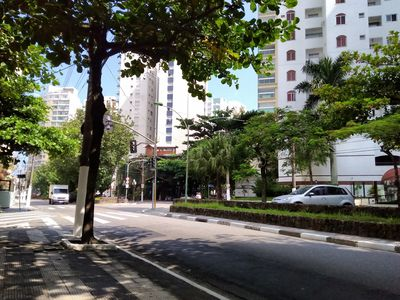 Photo for Good location, all close, 200mts from the beach of Pitangueiras, up to 6 people