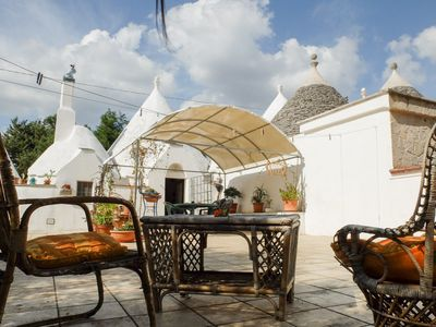 Photo for Independent and autonomous trullo, in the countryside, 5 km from Alberobello and Martina Fr