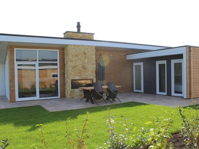 Photo for Luxury and modern villa in a green holiday park between Maastricht and Valkenburg