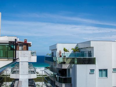 Photo for Beautiful and well located 5 bedroom with sea view