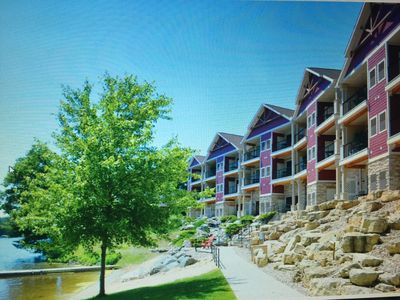 Photo for WI DELLS one Bedroom Suite on Lake Delton, Free NOAH's ARK, Great View, Sharp