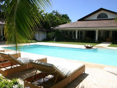 Photo for Exclusive Resort Location, Swimming Pool, Full Staff incl. Cook, Waiter, Housekeeper, AC, Free Wifi