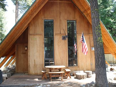 Photo for Spacious West Shore Cabin: Open Floor Plan, Walk to the Lake, 10 Mins. to Skiing