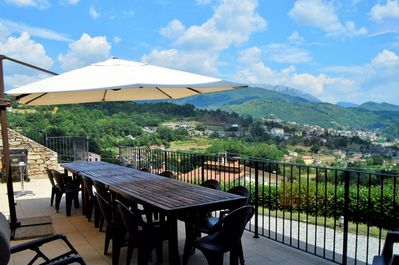 Plenty of room for everyone to dine al fresco and take in the view!