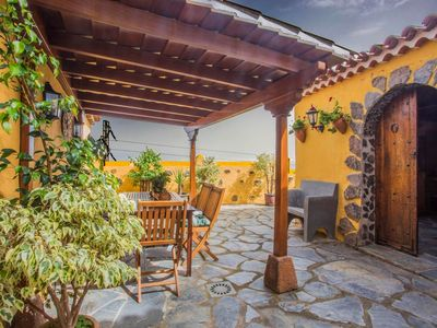 Photo for Holiday in a traditional house with lots of charm in Icod de los Vinos