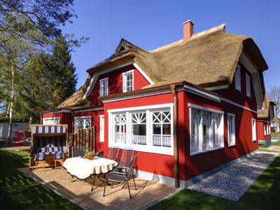 Photo for Exclusive half-timbered house directly at the nature reserve with fireplace, sauna and W-LAN