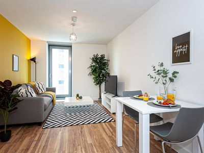 """Photo for """"Opulent Luxe Yellow Jade"""" - 1 Bed Apt + Gym"""