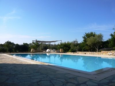 Photo for Exclusive villa with stunning pool