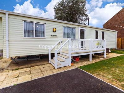 Photo for 8 berth caravan for hire at Hopton holiday park to hire in Norfolk ref 80101