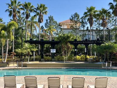 Photo for PARADISE 7 / 3 Bed-2bath/ Walk Convention Center/ 9m Universal/15min Disney.