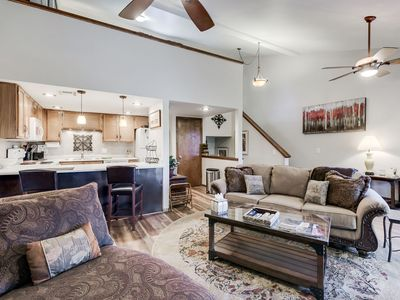 Photo for Tree Casa! Gorgeous! High-end! Dogs OK, real fireplace, Mt. Elden views, skiing!