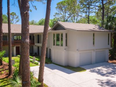 Photo for Oceanfront, Sea Pines, 22 Black Skimmer Ln. - Pool & Private Beach Access